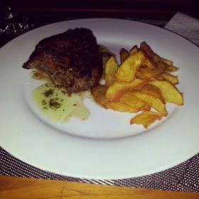 Steak at Amarettos Restaurant, Pedasi Panama – Best Places In The World To Retire – International Living