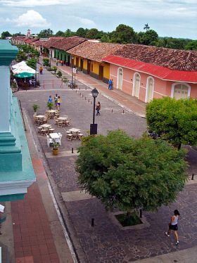 Street_in_Granada_Nicaragua – Best Places In The World To Retire – International Living