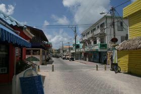 Barrier_Reef_Drive,_San_Pedro_Town, Ambergris Caye Belize – Best Places In The World To Retire – International Living