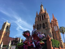 Balloon hearts near church in San Miguel de Allende – Best Places In The World To Retire – International Living