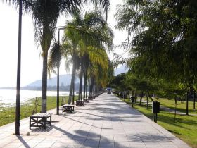 Lake Chapala Malecon – Best Places In The World To Retire – International Living