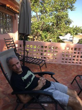 Chuck Bolotin napping in Ajijic – Best Places In The World To Retire – International Living