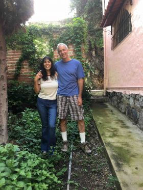 Jet and Chuck Bolotin in Ajijic garden – Best Places In The World To Retire – International Living