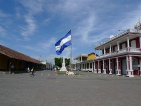 -Plaza_de_la_Independencia_-_Granada,_Nicaragua – Best Places In The World To Retire – International Living