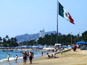 Americans in Acapulco, Mexico – Best Places In The World To Retire – International Living