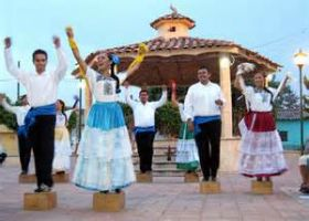 Ballet Folklorico dancers, Chapala, Mexico – Best Places In The World To Retire – International Living