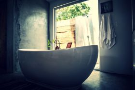 Freestanding tub with outdoor view at Dlaaya resort, Panama – Best Places In The World To Retire – International Living