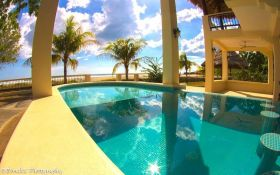 Pool with a swim up bar by the beach, Playa Popoyo, Nicaragua – Best Places In The World To Retire – International Living