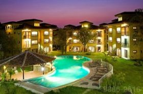 The Oaks Tamarindo pool at night, Costa Rica – Best Places In The World To Retire – International Living