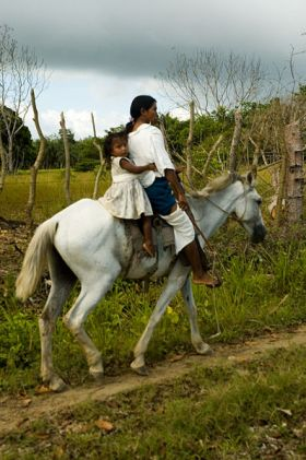 Mother and daugher on horseback, Panama – Best Places In The World To Retire – International Living