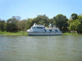 Houseboat on Lake Nicaragua – Best Places In The World To Retire – International Living