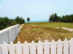 Empty lot for sale in Belize – Best Places In The World To Retire – International Living
