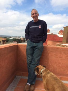Chuck Bolotin on the rooftop at Los Labradores, San Miguel de Allende, Mexico