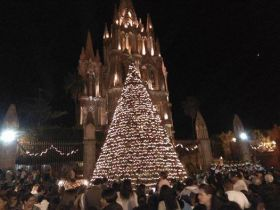 Festival with lit tree in front of parroquia in San Miguel de Allende – Best Places In The World To Retire – International Living
