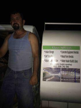 Sign for man with 6 jobs in La Ventana Bay, Baja California Sur