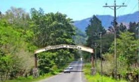 Road and sign leading to Volcan, Panama – Best Places In The World To Retire – International Living
