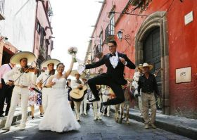 Getting married street scene in San Miguel de Allende – Best Places In The World To Retire – International Living