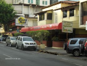 Costa Azul Cafe in Panama City Banking District – Best Places In The World To Retire – International Living