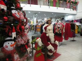 Christmas at Le Reyna Department Store in Boquete – Best Places In The World To Retire – International Living