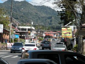 Busy street with mountains in Boquete, Panama – Best Places In The World To Retire – International Living