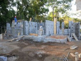 Cement blocks used for construction in Panama – Best Places In The World To Retire – International Living