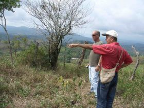 Michael Vuytowecz being shown land in Panama – Best Places In The World To Retire – International Living